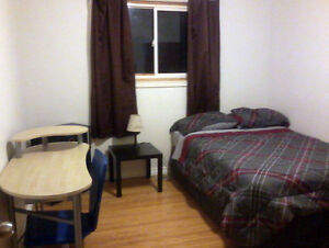 2 Rooms for Rent College/University Students-Furnished