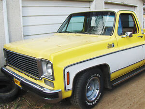 1976 GMC - Sierra Classic - SHORTBOX FLEETSIDE - 454