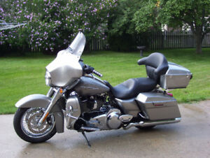 2009 StreetGlide for sale! Open to offers!