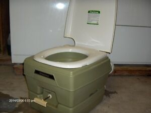 PORTABLE CAMPING PORT -A- POTTY