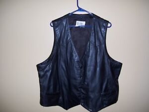 supple leather vest suited for motorcycle riding, lined size 50