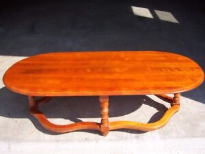 2 PCE.SET ROCK MAPLE, COFFEE TABLE, AND END TABLE