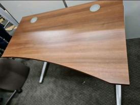 Wave office desk. 120 x 80cm x 60cm Excellent condition.Collection