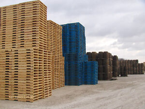 Wood Pallets Recycled Largest Selection Serving Detroit Area Windsor Region Ontario image 1