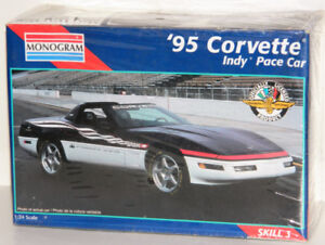 Monogram 1/24 '95 Corvette Indy Pace Car Plastic Model Kit