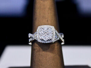 Gorgeous Big 10k white gold baguette diamond cluster ring 1.0 CT