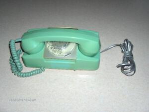 VINTAGE STARLITE ROTARY PHONE