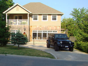 2,000 SF 2 FLR HOME WITH COMMANDING VIEW OF SEACLIFF PARK