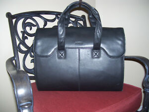 Danier Black Leather Coat Oakville / Halton Region Toronto (GTA) image 2