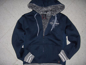 Mens Hoodies and Warmer Jackets Small