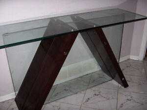 MATCHING MAHOGANY / GLASS TABLES West Island Greater Montréal image 4