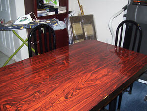 KITCHEN TABLE WITH 4 CHAIRS London Ontario image 3