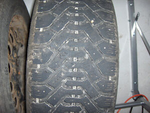 Set of 4 snow tires 22560R16 on rims GM 115MM Kitchener / Waterloo Kitchener Area image 2