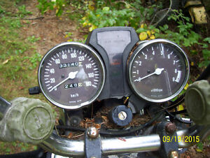 Suzuki GN400 SP500 speedo tach pilot box idiot lights