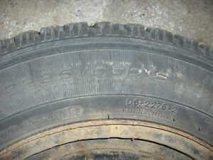 Set of 4 snow tires 22560R16 on rims GM 115MM Kitchener / Waterloo Kitchener Area image 4