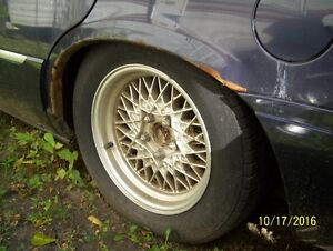Parting out 2000 Mercury Grand Marquis London Ontario image 3