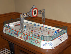 Rare Eagle Toys Vintage NHL Table Top Hockey Game
