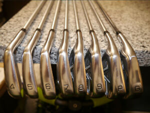 Mizuno JPX 850 Forged Iron Set Men's left handed clubs