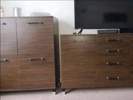 wardrobe / drawer set