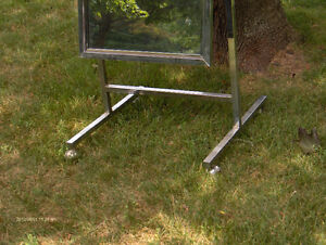 Standing Single Panel Floor Mirror with Casters West Island Greater Montréal image 2