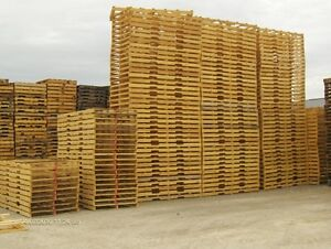 RECYCLED WOOD PALLETS 64 X 48 4 WAY WOOD PALLETS SKIDS Windsor Region Ontario image 5
