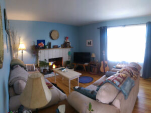 Large, Bright 3 bdrm Halifax