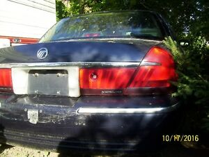 Parting out 2000 Mercury Grand Marquis