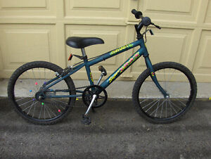 Kids bike  Super Trax ( Street model)  in good condition