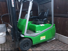 Forklift 316 AC CESAB BLITZ spare or repair