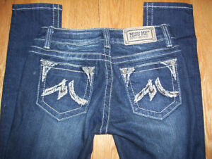 15 Pairs of True Religion + 10 Pairs of Miss Me Womens Jeans.