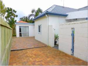 Clontarf Beach side House For Rent short term Redcliffe Redcliffe Area Preview