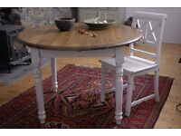 Rustic Round Farmhouse Dining Table Turned Leg Distressed Finish SALE