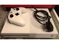Xbox One S 500gb console with controller and cables!