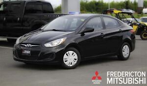 2013 Hyundai Accent GL! AUTO! HEATED SEATS! ONLY $42/WK TAX INC.