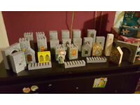 Collection of Melissa & Doug Wooden Castle Blocks - As Seen