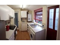 Spacious 2 bed house with loft room and another bedroom/living room near town centre