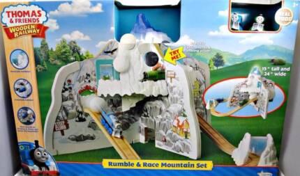 Thomas & Friends Wooden Railway Rumble & Race Mountain Set