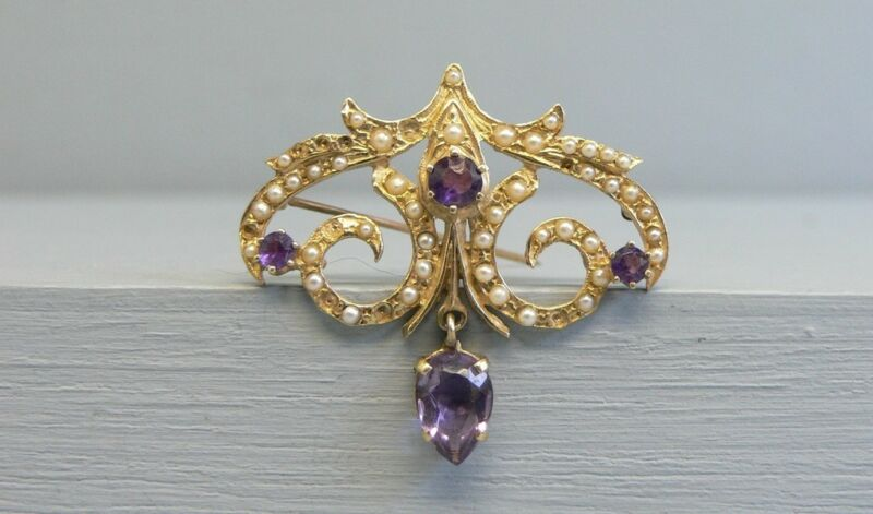 Beautiful 14K Gold Amethyst Seed Pearl Victorian Style Pin