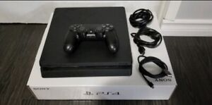 BRAND NEW MINT CONDITION 1TB PS4