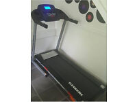 TREADMILL L-600A MODEL 12 PROGRAMS, 14KM/H TOP SPEED, MP3 FUNCTION, INCLINE FUNCTION PLUS MORE