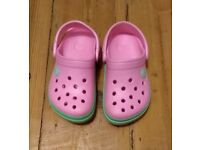 Kids 8-9 pink and green crocs