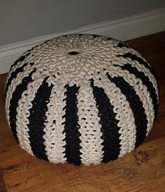 Knitted Pouffe