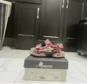 Geox Boys Sandals, Flashing lights in heel-size10.5(US)or28(EUR)
