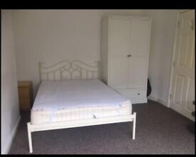 double room with own bathroom £550 pcm all bills included