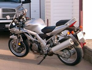 2003 SV1000S very low kms