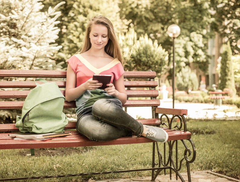 The Kindle eBook Reader vs a Sony eBook Reader