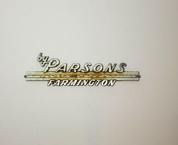 Vintage Auto Dealer Metal Emblem Parsons Farmington CT