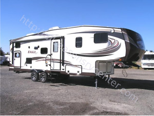 2014 JAYCO EAGLE HT  27.5BHS and Pullrite Superglide Hitch