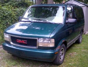 1998 GMC Safari SLX RWD