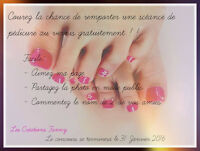 Technicienne en pose d'ongle